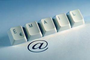 Hur du överföra dina e-historia från Outlook Express