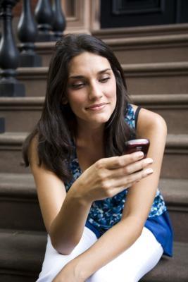 Hur man ansluter en mobil till Facebook