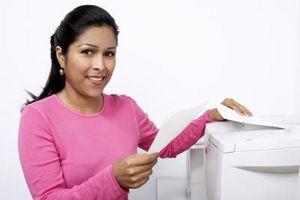 Hur man skapar ett faxförsättsblad i Outlook-kontakter