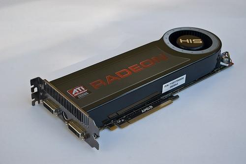 Vad är skillnaden mellan RAM och minne Bärbara datorer?