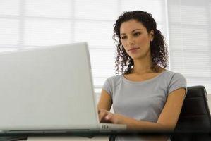 Hur man hittar en MAC-adress i registret