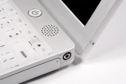 Hur att rengöra en Mac iBook hårddisk