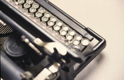 Riktningar i Använda en elektronisk skrivmaskin