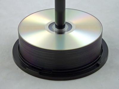 Hur får man musik hämtas till datorn för att bränna en CD