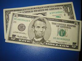Hur man skickar pengar till USA Online