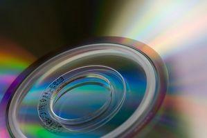 Hur man spelar in 1400MB på två 700 MB CD-R-skivor