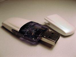 Hur Koppla en Kingston flash-enhet i en Dell-dator