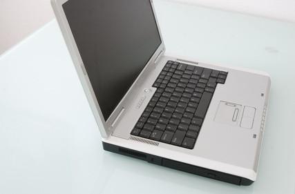 Återställa Compaq Computer Software till fabriksinställningar