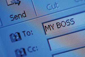 Hur Visa Vidare E-postbilagor i Outlook