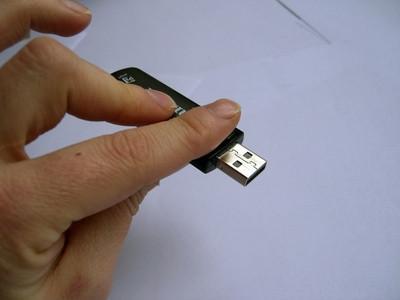 Hur man installerar Fedora 8 till en USB-enhet från en Live CD