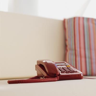 Hur du sätter på vidarekoppling med Time Warner Cable Internet-telefoner